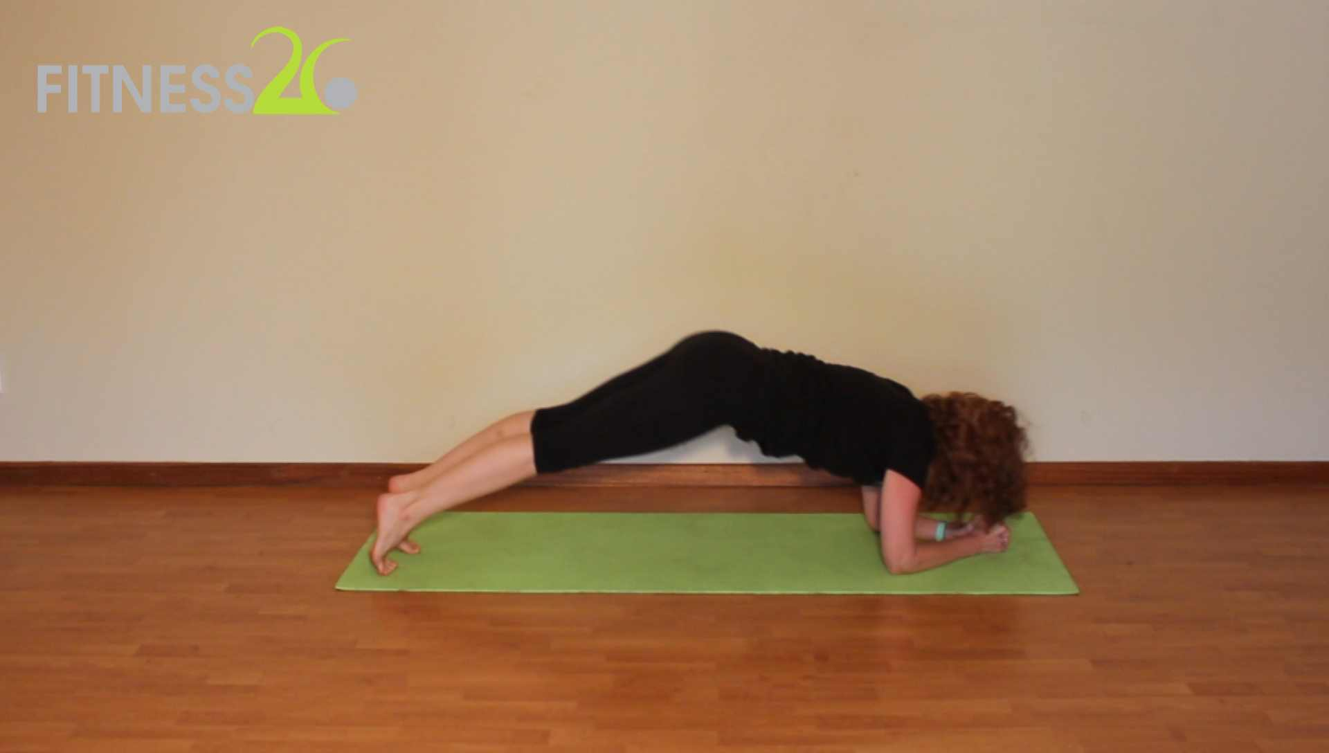 Claire – Beginners Guide to Pilates : Quick Full Body Workout