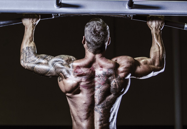 redbull doesnt give you wings but lat pull-downs do, Muscles